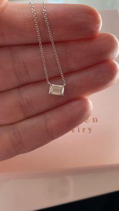 Funky Jewelry, Simple Jewelry, Cute Jewelry, Jewelry Shop, Emerald Cut Diamonds, Necklace Designs, Diamond Pendant, Personalized Jewelry, Fashion Jewelry