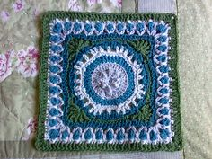 Fountain of Roses 12 Square pattern by Shan Sevcik ~ free pattern -- color inspiration