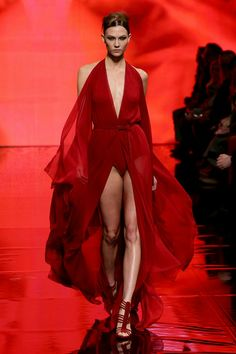 74c6ae5f200 Karlie Kloss Photos Photos  Mercedes-Benz Fashion Week Fall 2014 - Official  Coverage - Best Of Runway Day 5