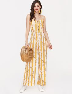 Floral print jumpsuit with wide legs. Like it? Get it with 40% off now - simply click on the photo!