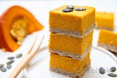 Individuálny kakaový cheesecake z tvarohu Cornbread, Baked Goods, Granola, Cheesecake, Pizza, Baking, Healthy, Fitness, Ethnic Recipes