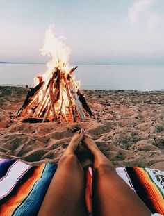 """VSCO ladies,"" the beach-inspired visual taking control of the teen world, is the Gen Z version of prep fashi. Summer Vibes, Summer Feeling, Beach Aesthetic, Summer Aesthetic, Summer Goals, Summer Fun, Summer Beach, Selfie Foto, Little Buddha"