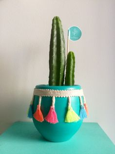 25 DIY Cute Plant Pot Ideas plant pot ideas, creative flower pot, inddor plant pot, diy and crafts, plant holders Painted Flower Pots, Painted Pots, Potted Plants, Big Plants, Plant Pots, Flower Pot Design, Diy Y Manualidades, Fleurs Diy, Pot Plante