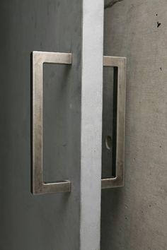 Door detail, Ryusenji House_Tomoaki Uno Architects