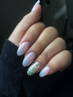 My first try on the stilleto nails!!