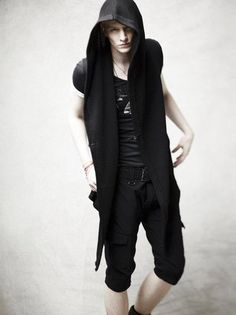 Kiryuyrik, Spring 2012, future fashion, black clothing, fashion 2012, black, cyberpunk style, cyberpunk clothing, cyberpunk, man model, boy by FuturisticNews.com