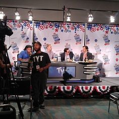 Got a great seat for the live taping of @tytnetwork at #politicon. : @efhusoe