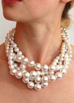 "Lauren Elan ""Elena"" necklace. #LillyPulitzer #SouthernWeddings"