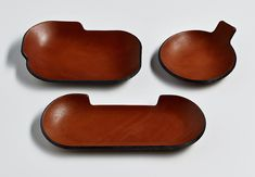 London designer Simon Hasan took to Maison et Objet this month with a few new launches, including these press-molded leather trays whose unconventional shapes we're really feeling. Leather Tray, Saddle Leather, Interior Design Games, Interior Design Inspiration, Philip Johnson Glass House, Small Tray, Fossil Handbags, Pottery Plates, Leather Accessories
