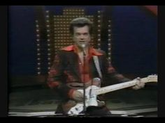Conway Twitty - I Can't Believe She Gave It All To Me