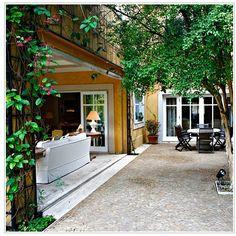 """""""Ahh, as varandas!!! #casa #varanda #inspiração #bonjour #arquitetura #interior #verde #jardim #design #decor #decoração #detalhes #home #homeandco"""""""