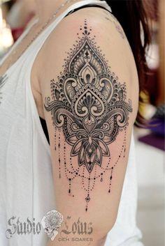 Mehndi based tattoo. Done at Studio Lotus, Campinas-SP, BRAZIL. Deborah (Deh) Soares. More : facebook.com/studiolotustatuagem