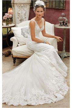 Perfect Chapel Train Dropped Tulle Sleeveless Wedding Dresses