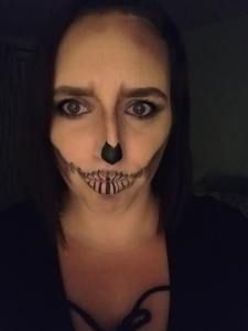 Halloween Look Younique Embracing Beauty with Kim #Halloween #HalloweenMakeup #Younique #EmbracingBeautywithKim