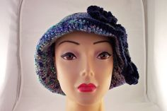 Lana lavorata a Crochet con inserto in ceramica Raku€ 38.90http://www.forgiatoredielementi.it/gallery-container.php?type=filati-e-ceramica