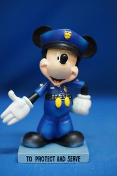 "Disney Inspearations Mickey Mouse 6"" Figurine True Blue Policeman Retired #17812 #WestlandGiftware #Figurines"
