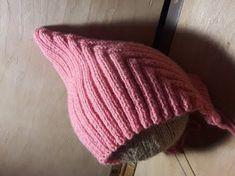 Модная детская шапочка спицами, как связать? Урок по вязанию. (Pixiehat ш | вязание спицами | Постила
