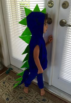 The Good Dinosaur Costume + Free Printables - This is a fun, quick and super affordable dinosaur costume for Halloween or just to dress up for kids.