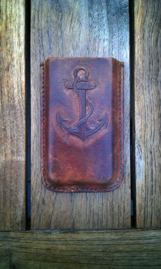 Handmade leather iPhone 5 case in    vintage look by Jan den Hartogh