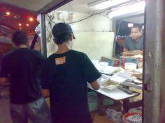 Pempek Gang Kelor di kawasan Bukit Duri http://www.perutgendut.com/reviews/read/pempek-gang-kelor/373 #Indonesia #Review #Food