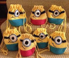 minion pattern Crochet Bags for kids,qanta me grep per femije,crochet for kids, Crochet Shell Stitch, Bead Crochet, Cute Crochet, Crochet For Kids, Crochet Baby, Crochet Handbags, Crochet Purses, Crochet Gifts, Crochet Toys