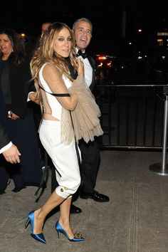 Sarah Jessica Parker Photos - Sarah Jessica Parker (L) and Andy Cohen are seen arriving at The Standard High Line on May 2, 2016 in New York City. - 'Manus x Machina: Fashion in an Age of Technology' Costume Institute Gala - After Parties