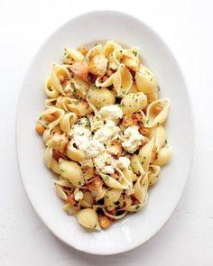 11 fast, fall pasta recipes. #pasta #recipes #fall