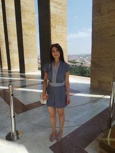 fashion blogger moda bloggerı ankaralı moda bloggerı türk moda bloggerı ne giydim kombin blogları mavi kısa tulum mangı kısa tulum kombin ön...