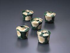 乾山色絵椿文向付けんざんいろえつばきもんむこうづけ 江戸時代中期 18-19c