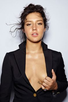Adele Exarchopoulos #actress #exarchopoulos