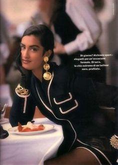 models Yasmeen by Nathaniel Kramer, 1990 - 80s Fashion, Fashion History, High Fashion, Vintage Fashion, Fashion Outfits, Womens Fashion, 1990 Style, Mode Chanel, Christy Turlington