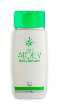 Aloe V Hand & Body Lotion -  Crema per le mani e per il corpo. Una crema per il corpo che non unge, con estratto di Aloe Vera. Lenisce la pelle secca e screpolata. Crea un sottile schermo protettivo che nutre e difende l'epidermide dalla disidratazione, e ammorbidisce e rilassa la pelle. http://italia.dxneurope.eu/products