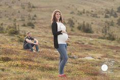 Fotografin rund ums Baby   Babyfotografin, Newbornfotografin, Babybauchfotografin in Grafendorf/Hartberg - Portfolio Babybauch- Fotoshooting in der Schwangerschaft Berg, Portfolio, Couple Photos, Couples, Newborns, Pregnancy, Couple Shots, Couple Photography, Couple