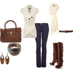 Love the sweater & boots!