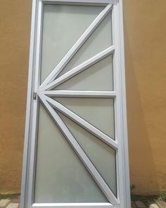 "11 curtidas, 0 comentários - NyandeniBuild Pmb (@nyandenibuild_pmb) no Instagram: ""Range of aluminum doors by NyandeniBuild.  083 786 8640 Products and Services view…"""