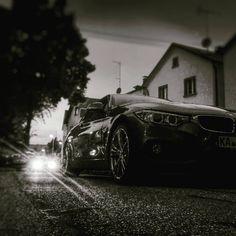 #nightlife #palmbach #bmw #car #auto #carporn #wettersbach #bergdörfer #karlsruhe #igerskarlsruhe #karlsruhetweets #visitkarlsruhe #huaweip8lite #huawei #dorfleben #landleben #scheinwerfer #münchen #blackbeauty #blackandwhite #bnw #hamdullah