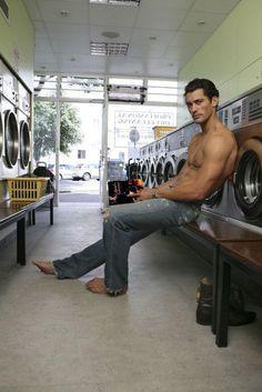 Twitter / @Iris_Elli : By @IndiaRose_Susan ~ #Gandy @DGandyOfficial #Gabriel Enjoying a good read #GabrielsInferno by @sylvainreynard while doing laundry.