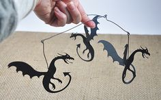 DIY | Game of Thrones dragon mobile