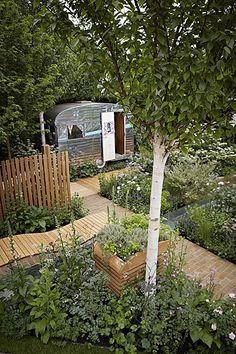 46 Wonderful Glamper Camper Trailer Remodel - 2020 Home design Camper Trailer Tent, Trailer Decor, Vintage Campers Trailers, Retro Campers, Vintage Caravans, Vintage Rv, Vintage Airstream, Landscape Design, Garden Design