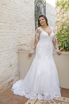 ✔ 23 full lace wedding dresses plus size with empire high waist 17 - Plus size wedding gowns - Rustic Wedding Dresses, Princess Wedding Dresses, Lace Weddings, Designer Wedding Dresses, Bridal Dresses, Empire Wedding Dresses, Wedding Ideas, Wedding Vintage, Fall Wedding Attire