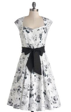 【modcloth】High Noon Harvest Dress in White Watercolor