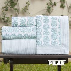 Juego de sábanas diseño búlgaro en color aqua con rayas finas!