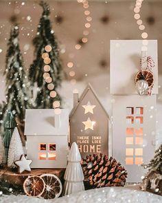 Loud Laugh, Tis The Season, Wonderful Things, Advent Calendar, Best Gifts, Seasons, Table Decorations, Holiday Decor, Christmas