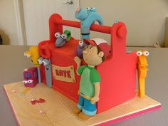 Do you have a Handy Manny fan? Isn't this tool box cake so cute? See 20 other fondant cakes Fancy Cakes, Cute Cakes, 4th Birthday Cakes, 2nd Birthday, Birthday Ideas, Tool Box Cake, Novelty Cakes, Cakes For Boys, Celebration Cakes