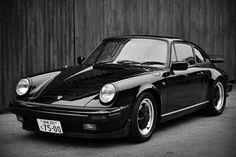 Porsche 911 Carrera 930 - Je flippe, je flye, je flotte!!!