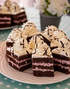 Cheesecake, Cakes, Desserts, Food, Pies, Recipes, Tailgate Desserts, Deserts, Cheesecakes