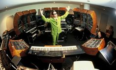 mark mothersbaugh in the studio...