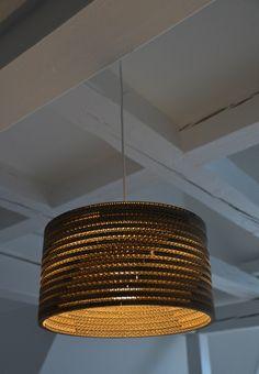 Wavelight Pukana - Hängelampe aus Wellpappe