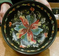 rosemaling furniture | Gallery of Rosemaling by TPRS members and friends