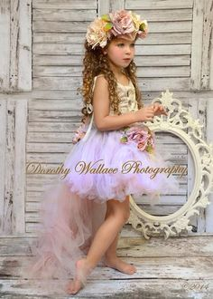 Add fun and flair to every photo shoot with DropPlace printed photo backdrops. Every drop is made with durable, smooth, wrinkle-free, matte vinyl. Vinyl is a popular material because it is dependable